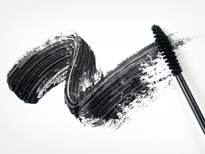 mascara-wand-black