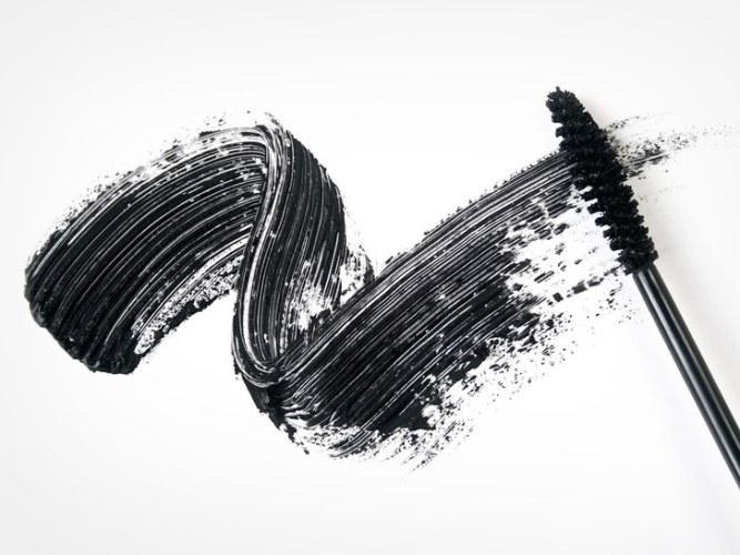 mascara-wand-black